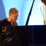 Martin Tingvall · Distance